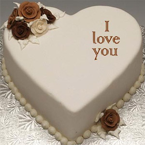 (002) Swiss - 2.2 Pounds Vanilla Heart Cake