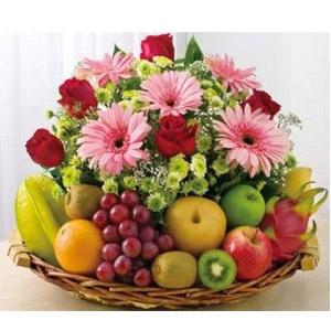 (09) Fruit Basket W/ Flowers