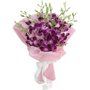 (61) Purple Orchids in bouquet