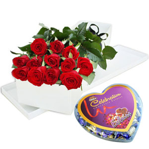 (04) 1 dz Red Roses w/ Chocolate