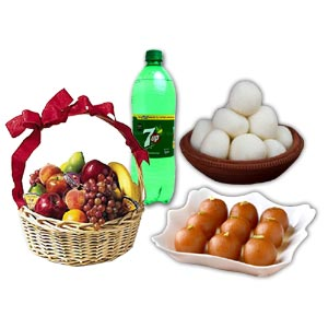 (05) Fruit Basket W/ Sweets & Soft Drink