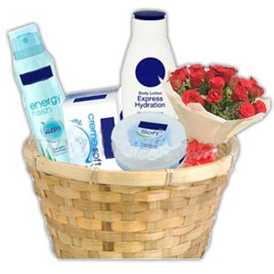 (32) Extraordinary Women's skin care gift basket.